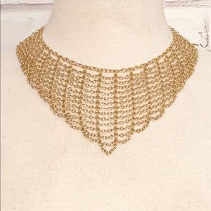 Gold Chainlink Curtain Necklace
